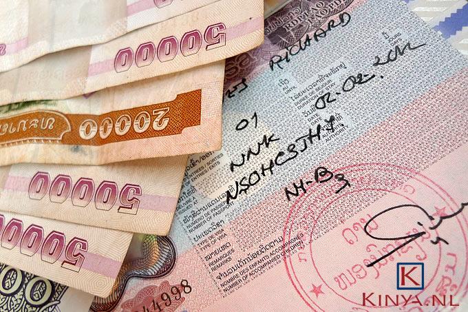Paspoort met visum voor Laos